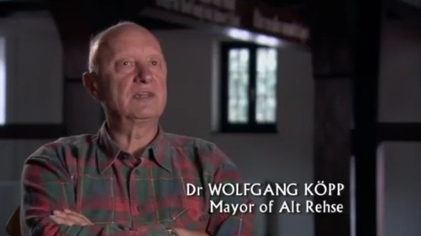 Dr Wolfgang Köpp