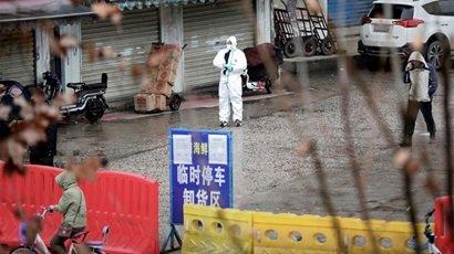 Rynek owoców morza w Wuhan może nie być źródłem nowego wirusa