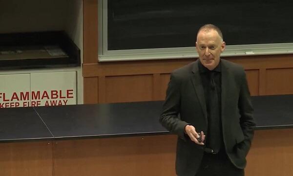 Dr Charles Morgan o psychoneurobiologii i wojnie