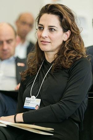 Melanie Walker, która znała Jeffrey'a Epsteina od 1992 r., dołączyła do Fundacji Gatesów jako starszy urzędnik programowy [senior program officer] w 2006 roku.